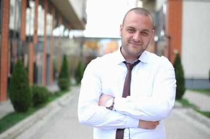 business-man-1385050_1280