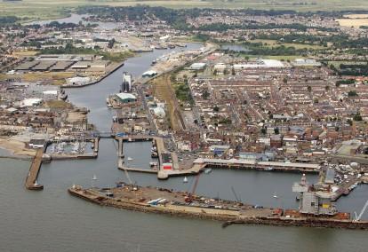 Lowestoft_harbour_aerial